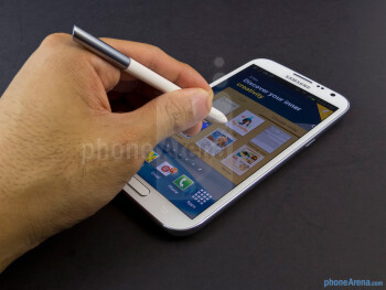 The S Pen discreetly blends into the handset when it's not in use - Samsung Galaxy Note II Review (AT&T, Verizon, T-Mobile, Sprint)