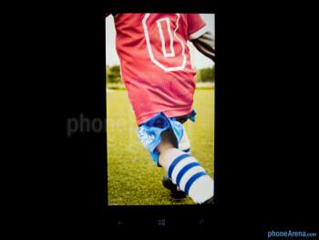 Color production - HTC Windows Phone 8X Review