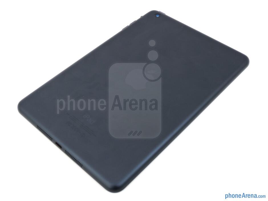 Back - The sides of the Apple iPad mini - Apple iPad mini Review