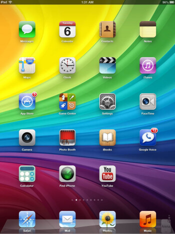 The interface of the Apple iPad 4 - Apple iPad 4 vs Microsoft Surface RT