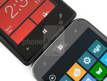 Windows buttons - The Samsung ATIV S (right) and the HTC Windows Phone 8X (left) - Samsung ATIV S vs HTC Windows Phone 8X