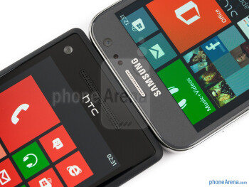 Front cameras - The Samsung ATIV S (right) and the HTC Windows Phone 8X (left) - Samsung ATIV S vs HTC Windows Phone 8X