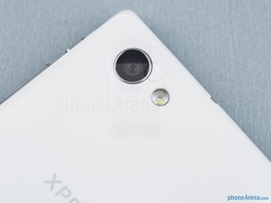 Rear camera - Sony Xperia J Review