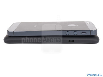 Left - The iPhone 5 is on top and HTC One X+ is on the bottom - HTC One X+ vs iPhone 5