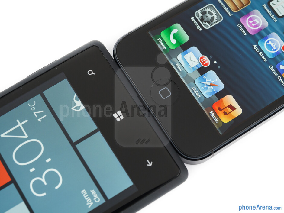 The HTC Windows Phone 8X (left) and the Apple iPhone 5 (right) - HTC Windows Phone 8X vs Apple iPhone 5