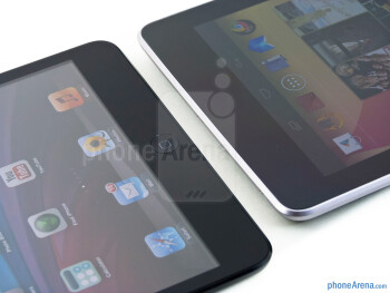 The Apple iPad mini (left) and the Google Nexus 7 (right) - Apple iPad mini vs Google Nexus 7