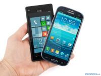 HTC-Windows-Phone-8X-vs-Samsung-Galaxy-S-III001