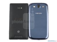 HTC-Windows-Phone-8X-vs-Samsung-Galaxy-S-III003
