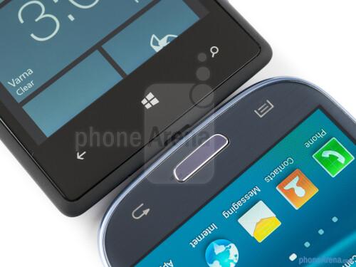HTC Windows Phone 8X vs Samsung Galaxy S III