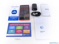 Nokia-Lumia-920-Review002-box.jpg