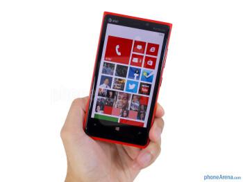 The Nokia Lumia 920 is distinctively a Lumia handset - Nokia Lumia 920 Review