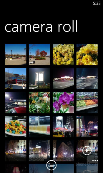 The Gallery of Windows Phone 8 - Nokia Lumia 920 vs HTC Windows Phone 8X