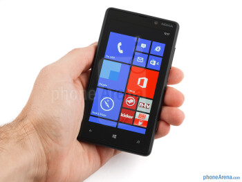 The Nokia Lumia 820 does feel very solid and well-built - Nokia Lumia 820 Review