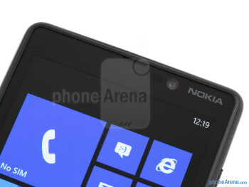 Front camera - Nokia Lumia 820 Review