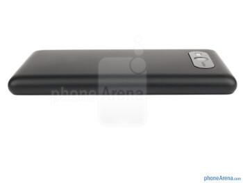 Left - The sides of the Nokia Lumia 820 - Nokia Lumia 820 Review