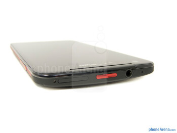 Power key and 3.5mm jack (top) - The sides of the HTC DROID DNA - HTC DROID DNA Review