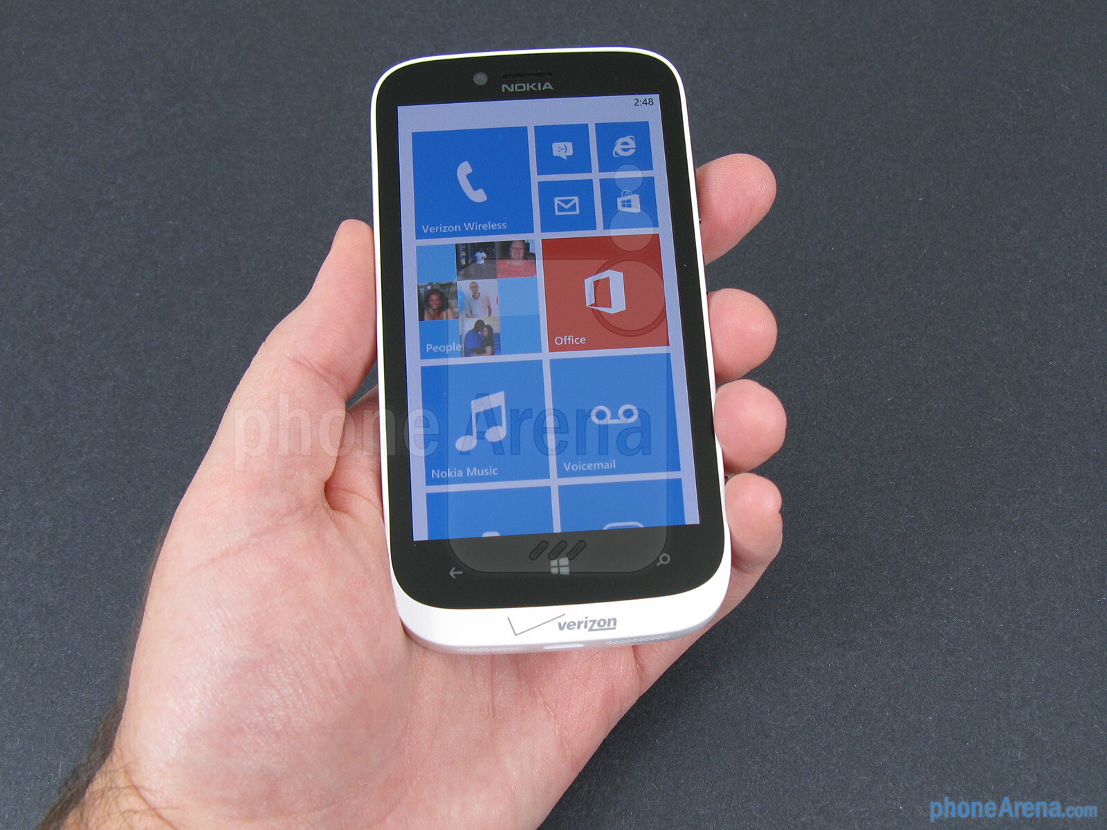 The Nokia Lumia 822 has gently rounded edges and a sculptured body - Nokia  Lumia 822