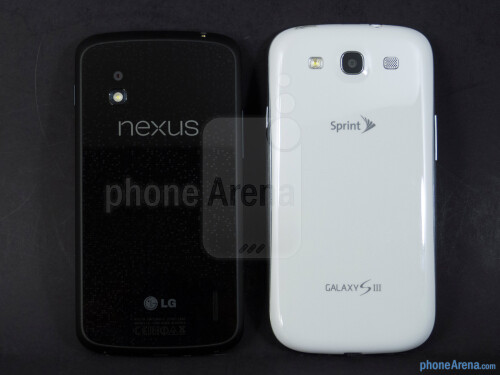 Google Nexus 4 vs Samsung Galaxy S III