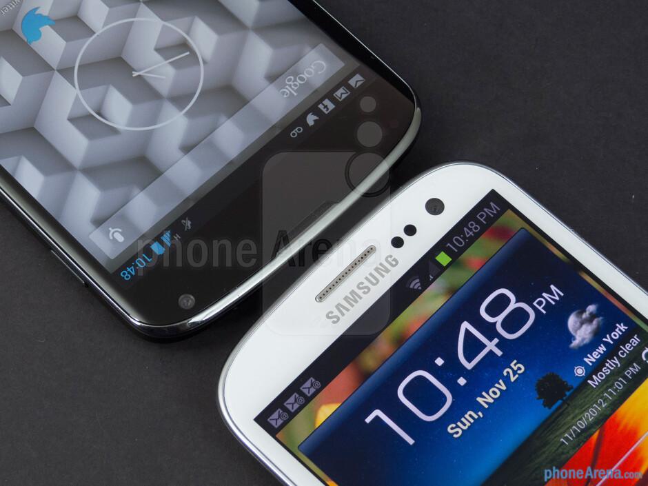 Front cameras - The Google Nexus 4 (left) and the Samsung Galaxy S III (right) - Google Nexus 4 vs Samsung Galaxy S III
