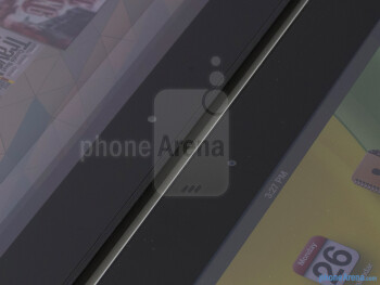 Front cameras - The Google Nexus 10 (left) and the Apple iPad 4 (right) - Google Nexus 10 vs Apple iPad 4