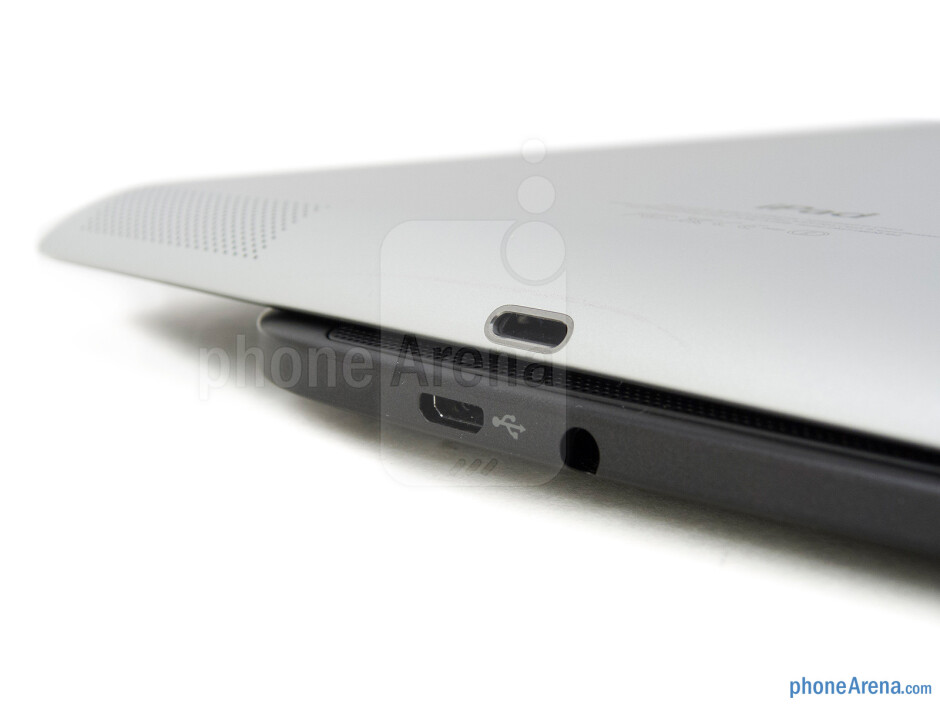Charging ports - The Google Nexus 10 (bottom, left) and the Apple iPad 4 (top, right) - Google Nexus 10 vs Apple iPad 4