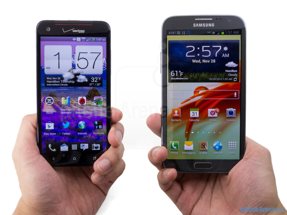The HTC DROID DNA (left) and the Samsung Galaxy Note II (right) - HTC DROID DNA vs Samsung Galaxy Note II