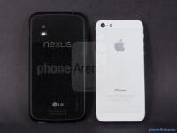 Google-Nexus-4-vs-Apple-iPhone-5002