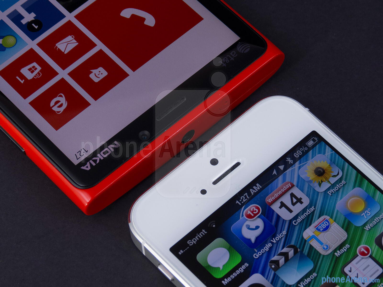 Nokia Lumia 920 Vs Apple Iphone 5 Touchscreen Front Cameras The Left And