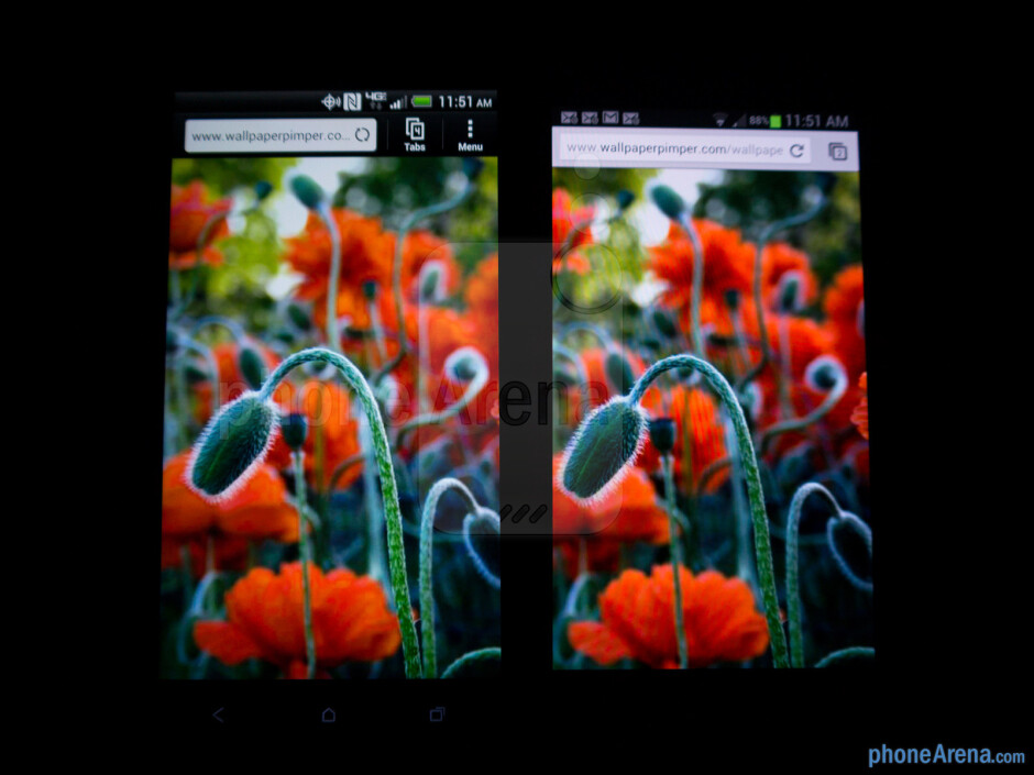 The HTC DROID DNA (left) and the Samsung Galaxy S III (right) - HTC DROID DNA vs Samsung Galaxy S III