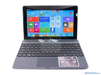 The optional keyboard dock of the Asus VivoTab RT - Asus VivoTab RT Review