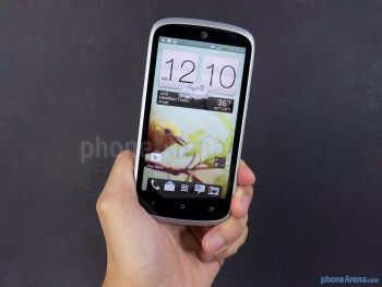 Тhe HTC One VX has a good balance between comfort in the hand and a decent build quality - HTC One VX Review
