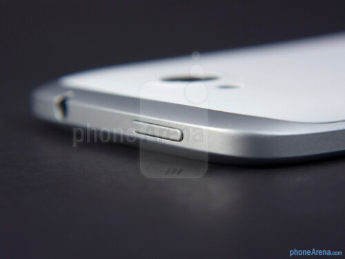 HTC One VX Review