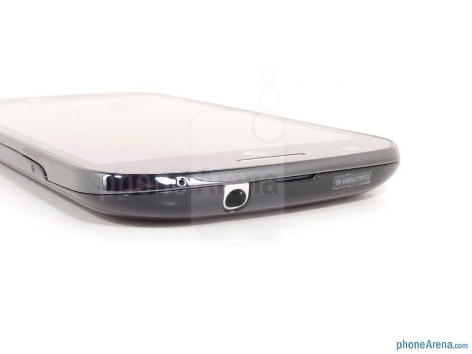 3.5mm jack (top) - The sides of Samsung Galaxy Express - Samsung Galaxy Express Review