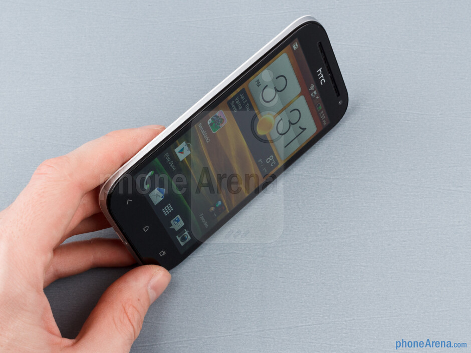 The HTC One SV is quite suitable for single-handed operation - HTC One SV Review