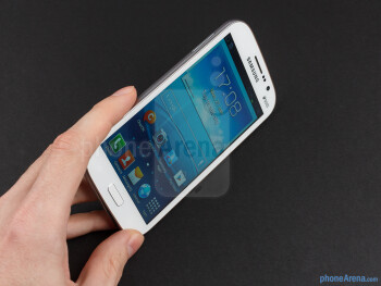 The Samsung Galaxy Grand DUOS looks like a larger S III - Samsung Galaxy Grand Duos Preview