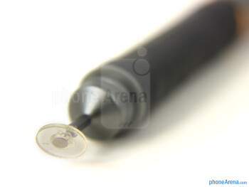 The tip of the Jaja is sporting a clear disc which packs a robotic sensor pin - Jaja Pressure Sensitive Stylus Review