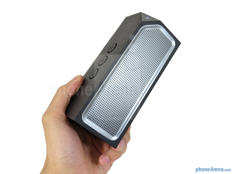 The EDGE.sound sports one serious industrial design - EDGE.sound Review