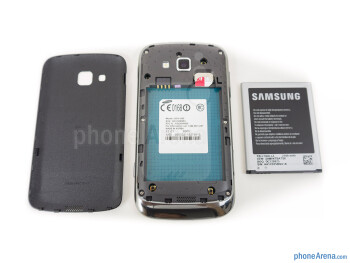 Battery compartment - Samsung ATIV Odyssey Review