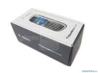 RIM-BlackBerry-Curve-9315-Review001-box