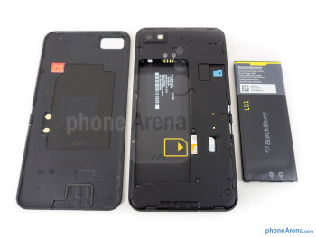 Battery compartment - BlackBerry Z10 Review
