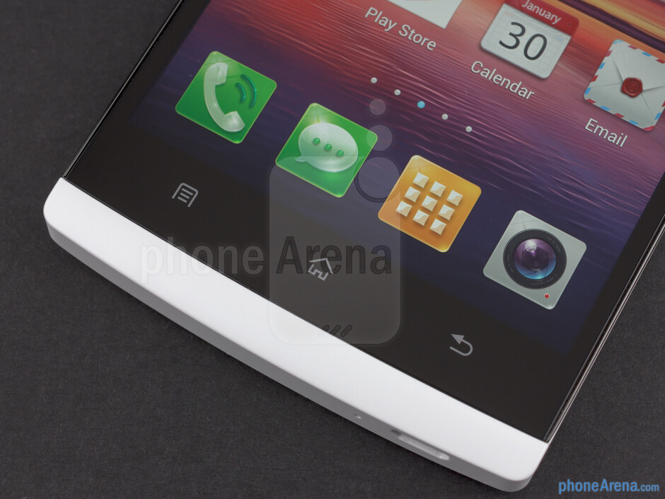 Capacitive keys below the display - Oppo Find 5 Review