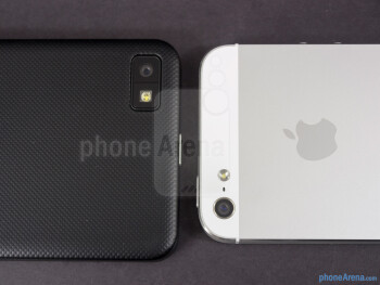 Rear cameras - BlackBerry Z10 vs Apple iPhone 5