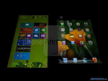 Viewing angles - Color production of the Microsoft Surface Pro (left) and the Apple iPad 4 (right) - Microsoft Surface Pro vs Apple iPad 4