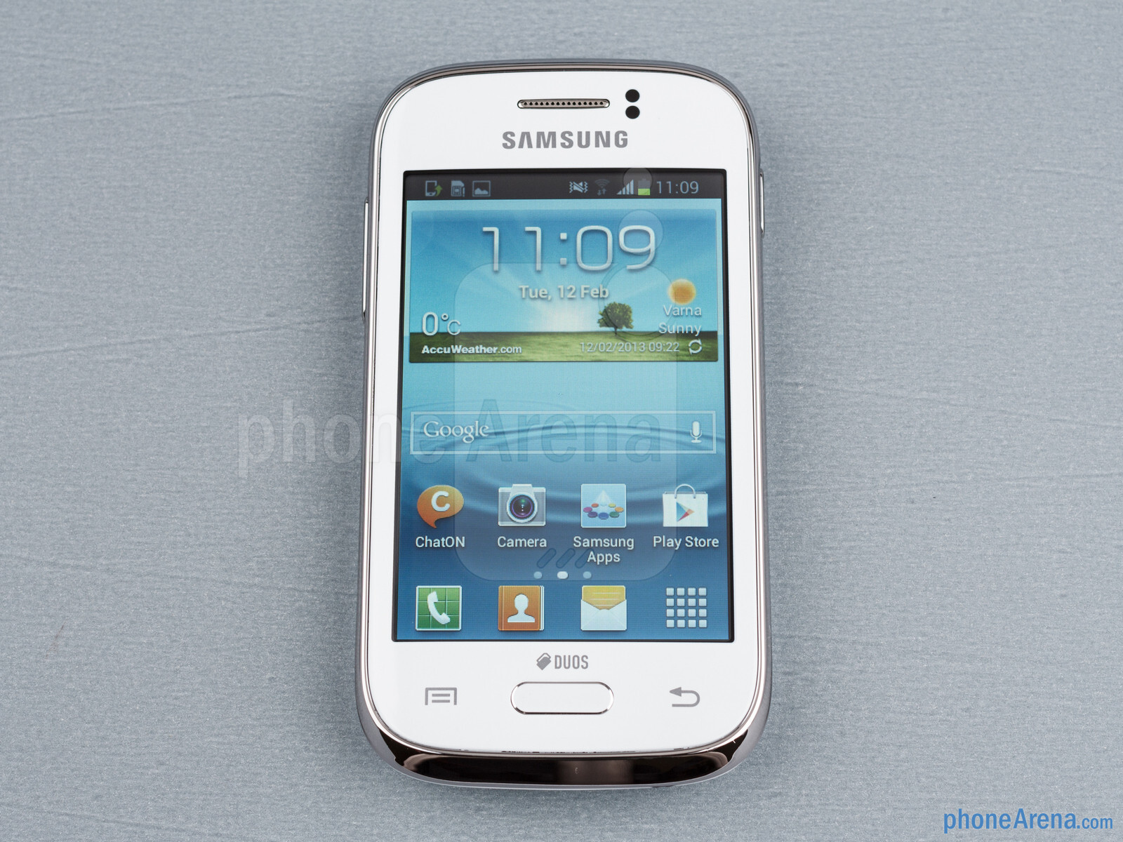 Front - Samsung Galaxy Young Duos Preview