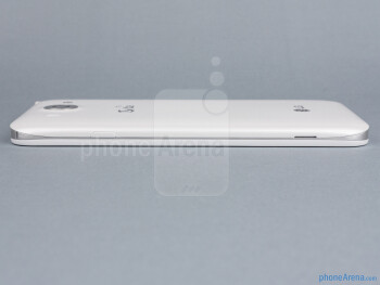 Power key (right) - The sides of the LG Optimus G Pro - LG Optimus G Pro Review