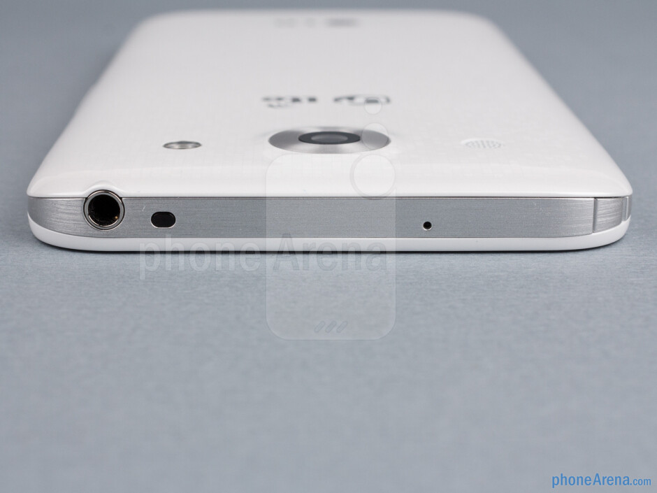 3.5mm jack (top) - The sides of the LG Optimus G Pro - LG Optimus G Pro Review