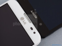 LG-Optimus-G-Pro-vs-Sony-Xperia-Z003