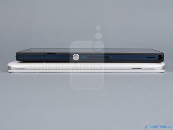 Right - The sides of the LG Optimus G Pro (bottom, left) and the Sony Xperia Z (top, right) - LG Optimus G Pro vs Sony Xperia Z