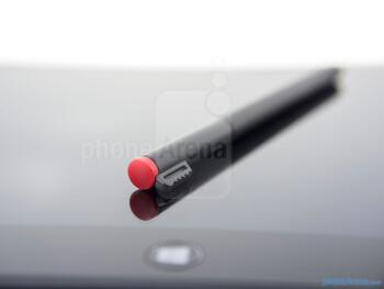 The pressure sensitive digitize pen - Lenovo ThinkPad Tablet 2 Review