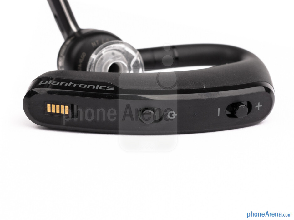 A total of four physical buttons are present on the Voyager Legend UC - Plantronics Voyager Legend UC Review